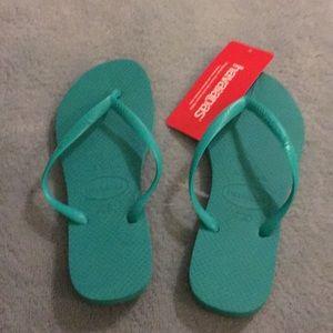 Havaianas teal slippers